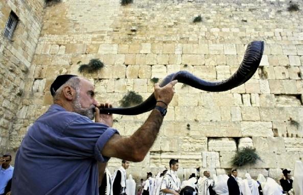 00-rosh-hashanah-jewish-new-year-5774-20013-05-09-131