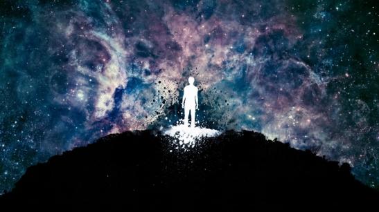 hombre-y-universo_1366x768_64
